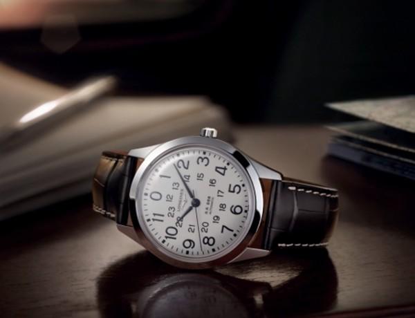 Reedice hodinek Longines RailRoad přináší železniční nostalgii 5af14135ab