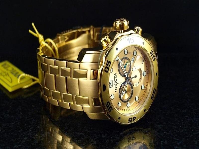 Vodě odolné a navíc i pozlacené kvalitní pánské hodinky Invicta Pro Diver  0074 154ced4d5e