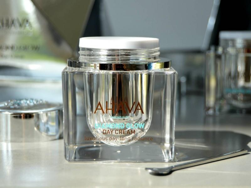 ahava-inhautepursuit-diamond-glow-day-cream-review