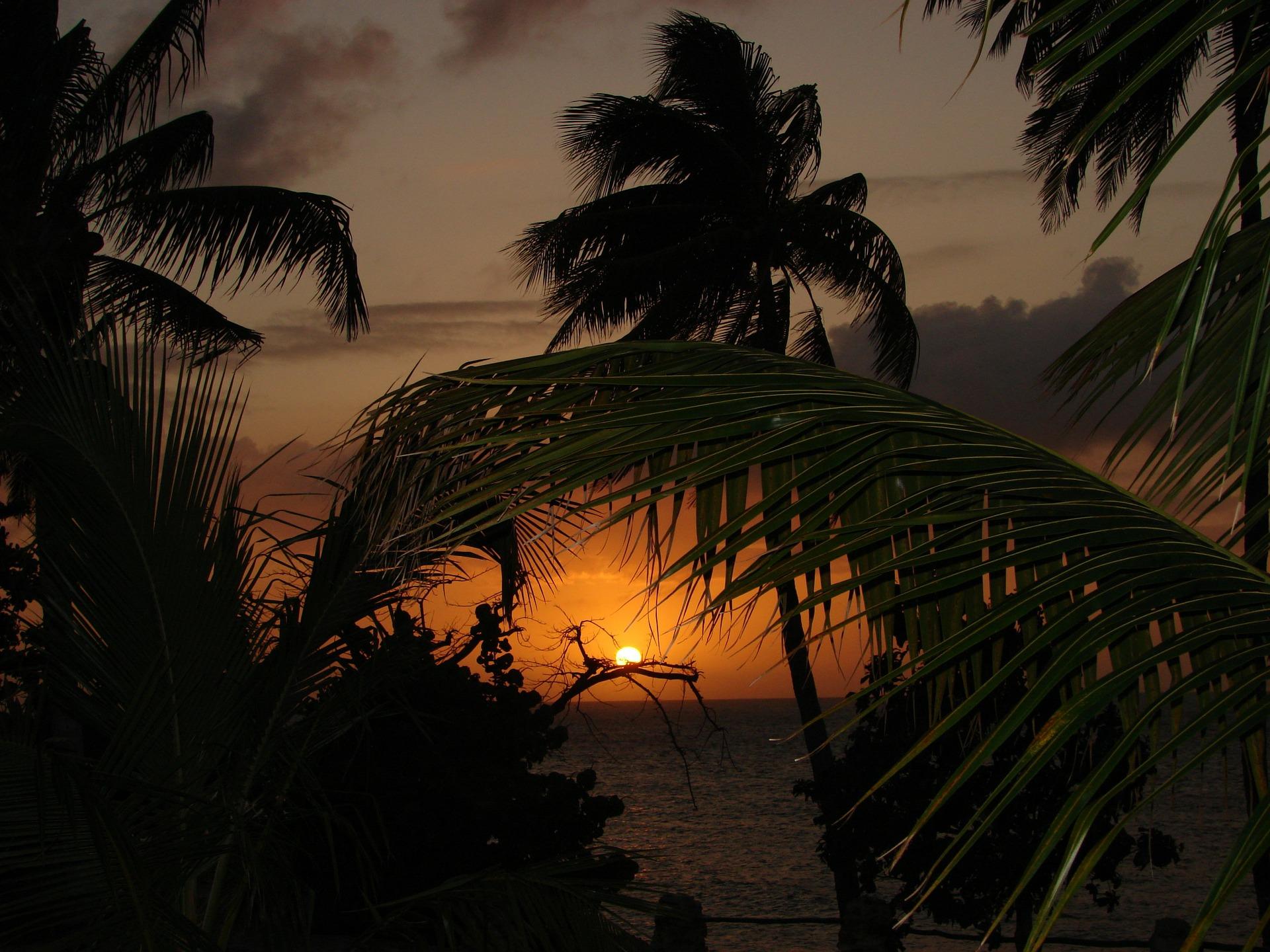 Nádherné západy slunce, to je Kostarika