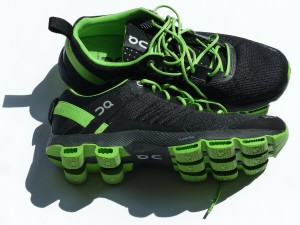 sports-shoes-115149_1920