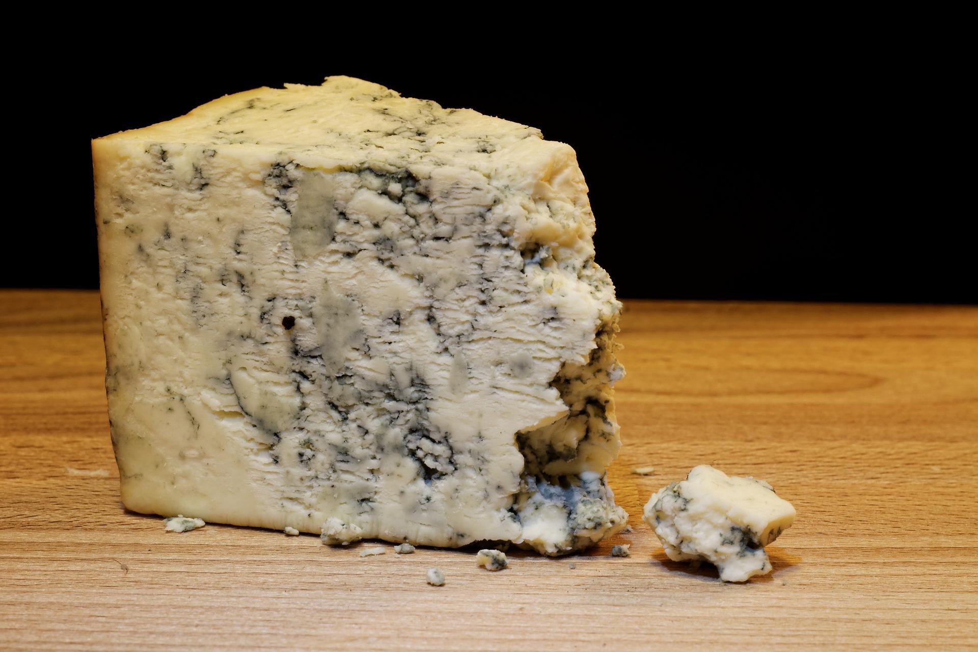 Dáte si pěkně zralý sýr? www.pixabay.com